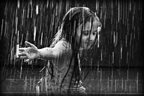 child-rain-dance-dancing-girl-rain-Favim.com-100493